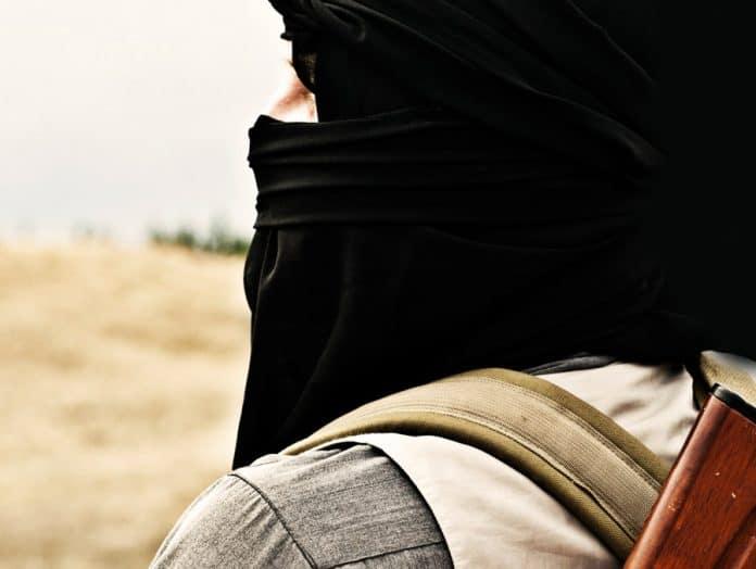 صحيح الإسلام .. إلى أى جانب هو