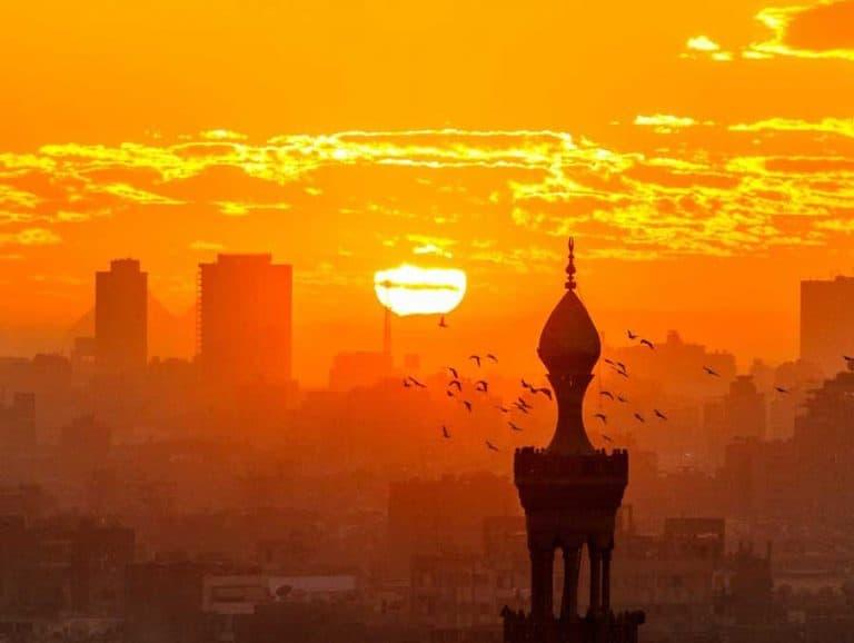 ماهو المخرج فى بلدنا الحبيب مصر ؟؟