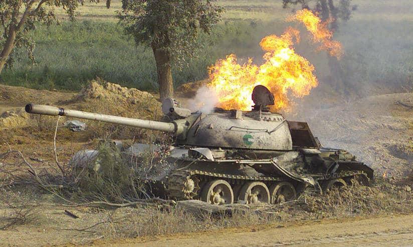 تدمير 3 مدرعات ومقتل 14 جنديا في بلخمري