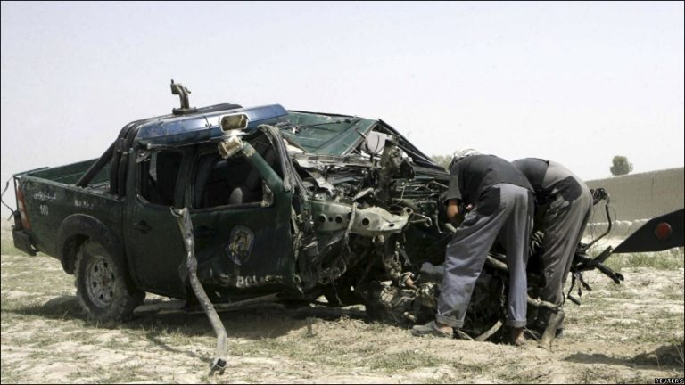 نيمروز: تدمير سيارة رينجر ومقتل جنديين عميلين في مديرية دلارام