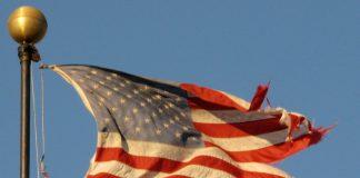 الولايات المتحدة: من قطب أوحد إلى كلب عقور