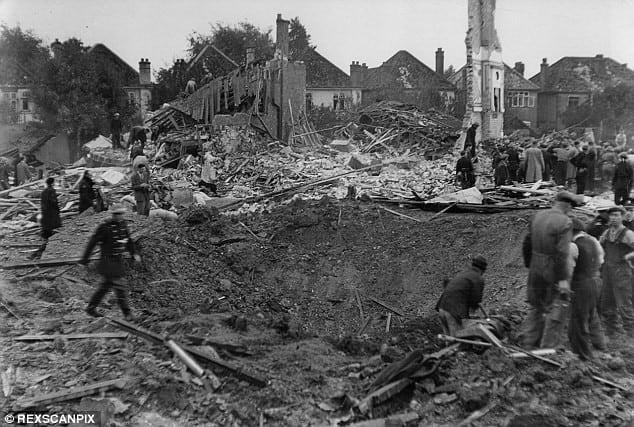 قصف هتلر للندن